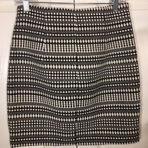 Chelsea & Theodore Skirts - Chelsea & Theodore Pencil Tribal Skirt, Size 6